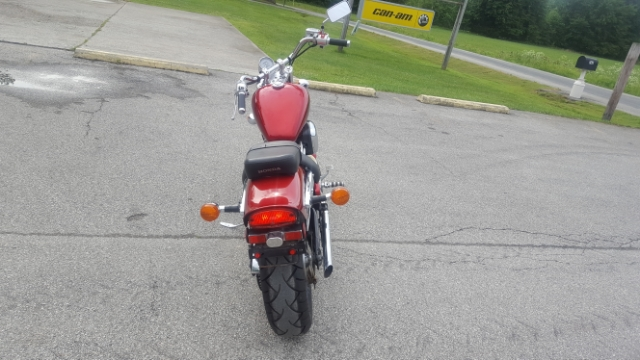 2007 Honda Shadow VLX Deluxe at Thornton's Motorcycle - Versailles, IN