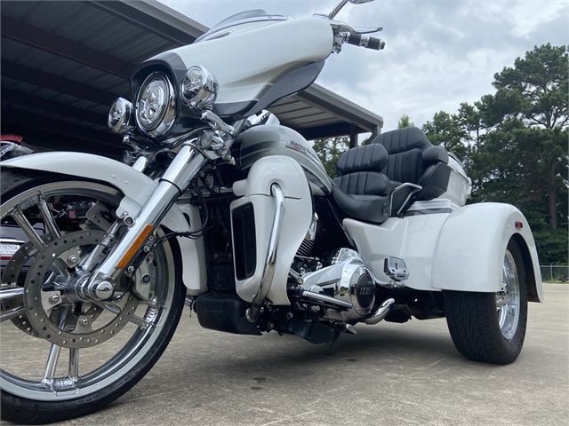 2020 Harley-Davidson CVO CVO Tri Glide at Lumberjack Harley-Davidson
