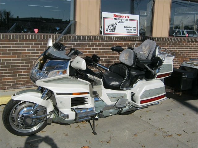2000 Honda GL1500 Goldwing SE touring combo at Brenny's Motorcycle Clinic, Bettendorf, IA 52722