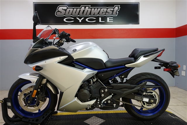 2017 Yamaha FZ 6R at Southwest Cycle, Cape Coral, FL 33909