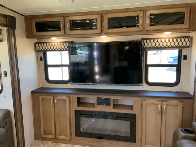 2020 Coachmen Chaparral Lite 30BHS Mid Bunk at Campers RV Center, Shreveport, LA 71129