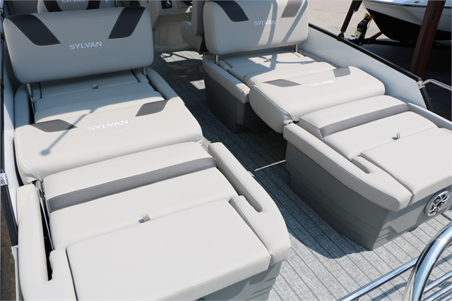 2022 Sylvan L3 RLZ Tri-Toon at Jerry Whittle Boats