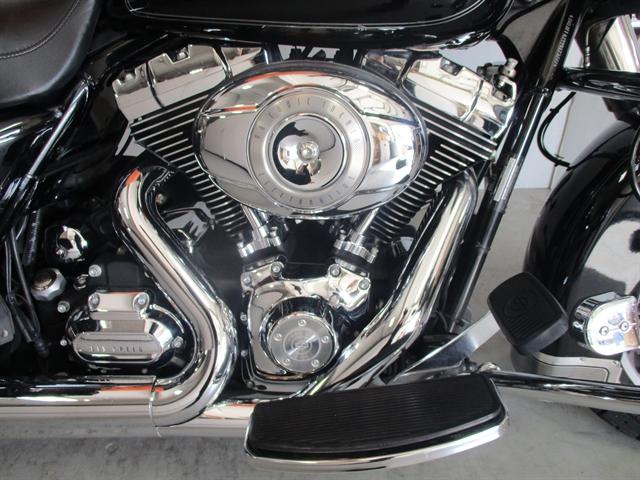 2009 Harley-Davidson Electra Glide Classic at Suburban Motors Harley-Davidson