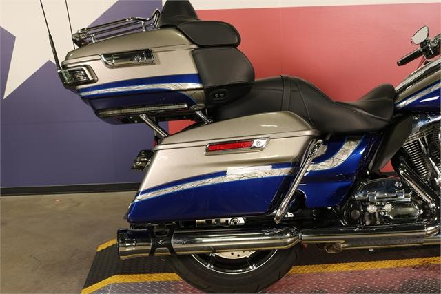 2016 Harley-Davidson Electra Glide CVO Limited at Texas Harley