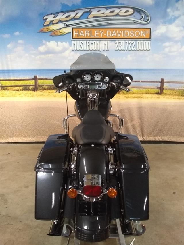 2009 Harley-Davidson Street Glide Base at Hot Rod Harley-Davidson