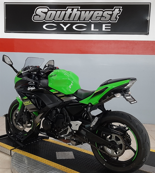 2018 KAWASAKI EX650KJF at Southwest Cycle, Cape Coral, FL 33909
