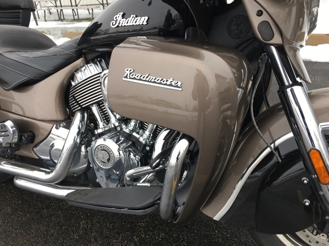 2018 Indian Roadmaster Base at Randy's Cycle, Marengo, IL 60152