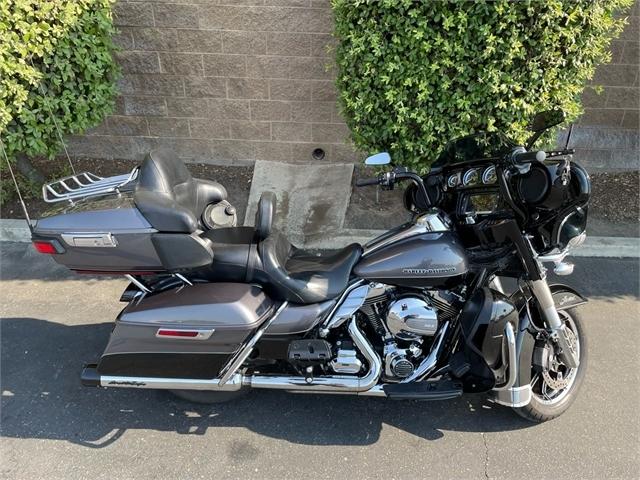 2014 Harley-Davidson Electra Glide Ultra Limited at Fresno Harley-Davidson