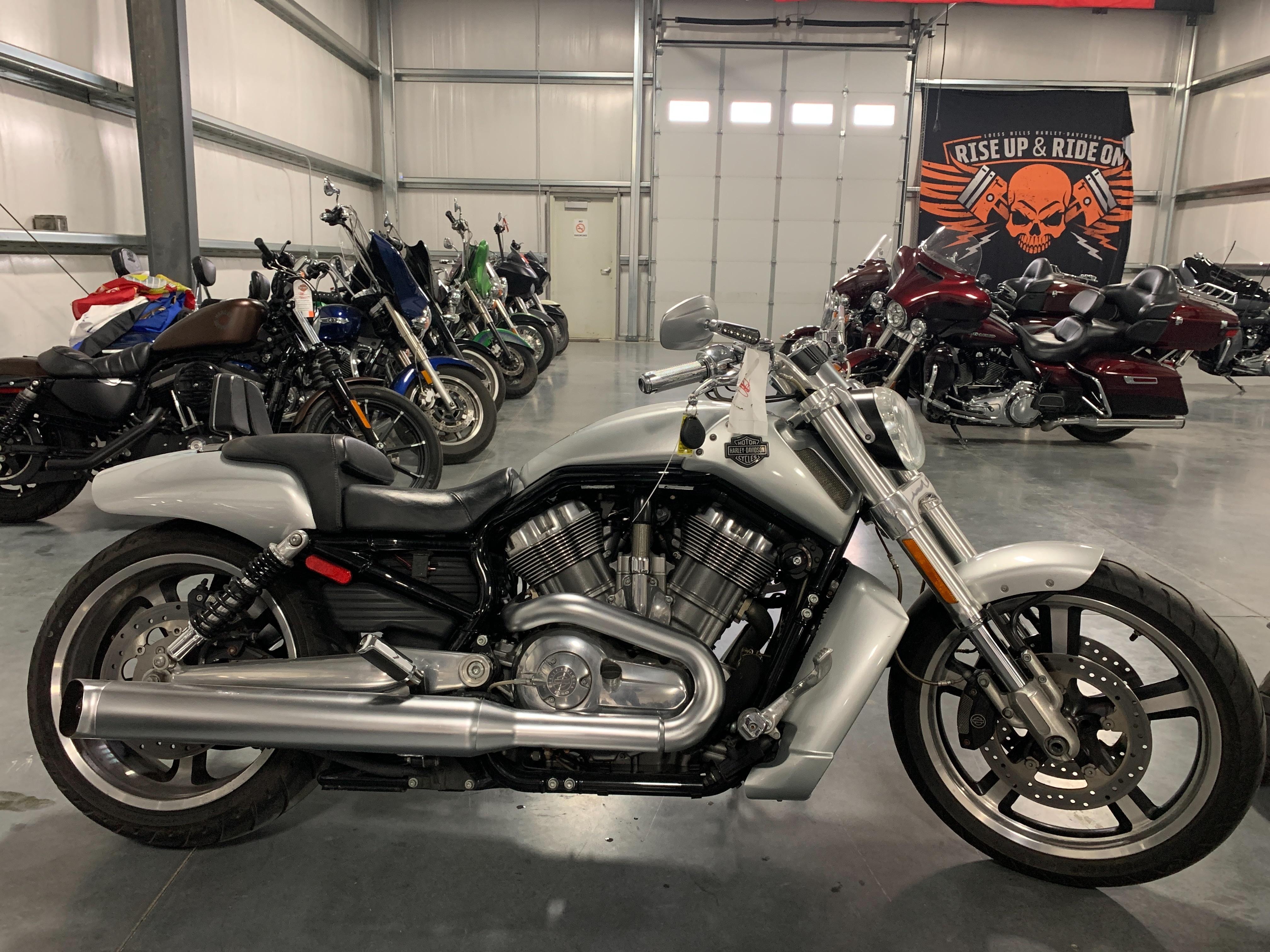 2009 Harley-Davidson VRSC V-Rod Muscle at Loess Hills Harley-Davidson