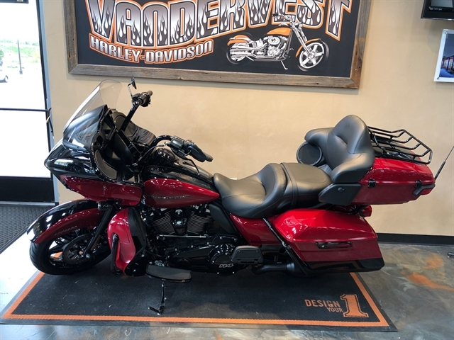 2020 Harley-Davidson Touring Road Glide Limited at Vandervest Harley-Davidson, Green Bay, WI 54303