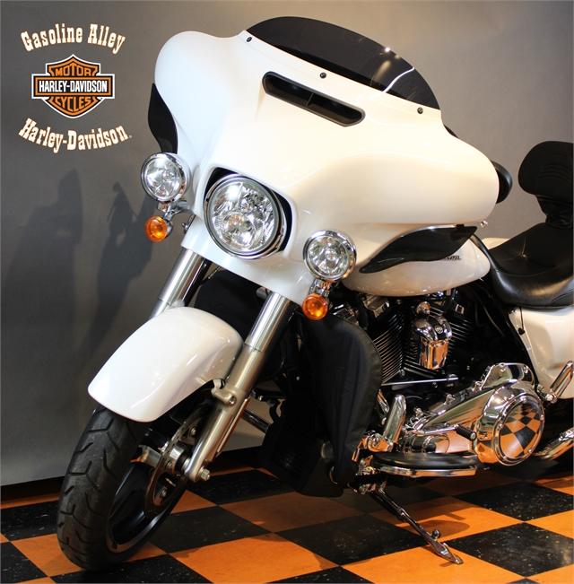 2017 Harley-Davidson Street Glide Special at Gasoline Alley Harley-Davidson (Red Deer)