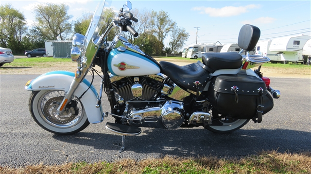2016 Harley-Davidson Softail Heritage Softail Classic at Randy's Cycle, Marengo, IL 60152