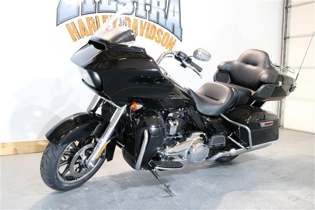 2018 Harley-Davidson Road Glide Ultra at Zylstra Harley-Davidson®, Ames, IA 50010