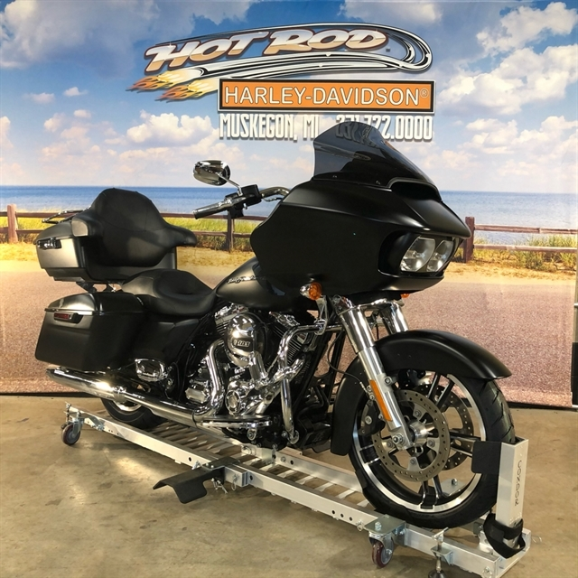 2015 Harley-Davidson Road Glide Base at Hot Rod Harley-Davidson