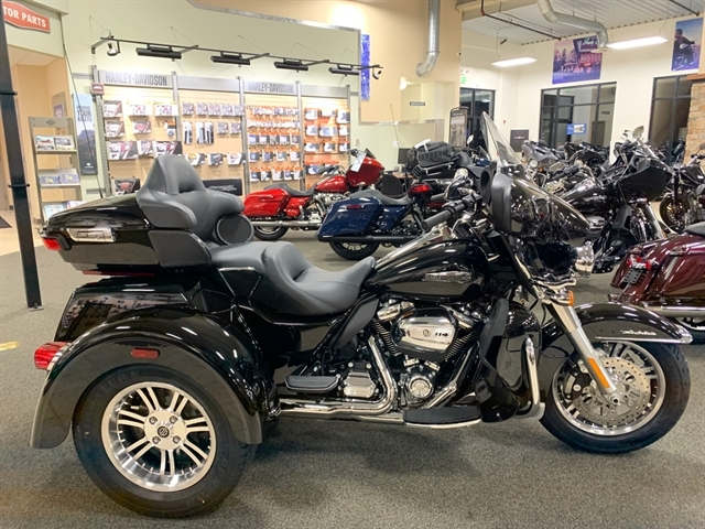 2020 Harley-Davidson Trike Tri Glide Ultra at Destination Harley-Davidson®, Silverdale, WA 98383