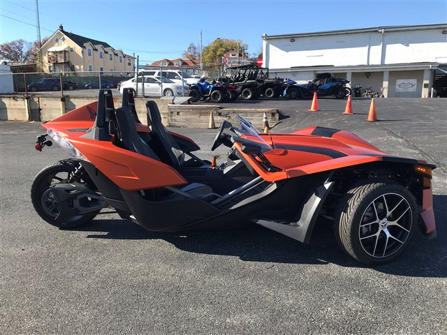 2018 SLINGSHOT Slingshot SL at Pete's Cycle Co., Severna Park, MD 21146