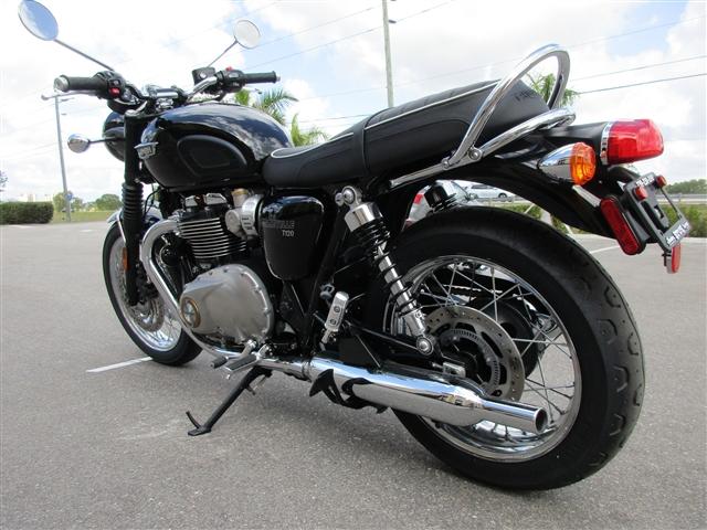 2018 Triumph Bonneville T120 Jet Black at Stu's Motorcycles, Fort Myers, FL 33912