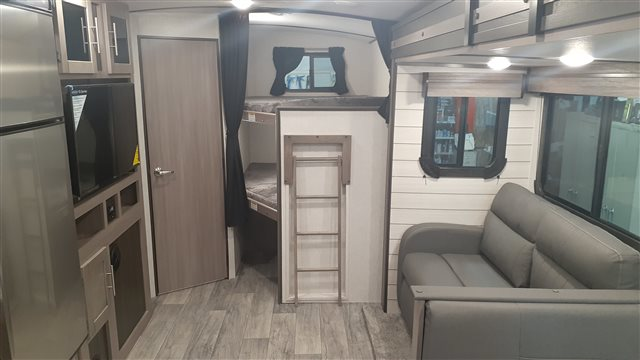 2021 CrossRoads Sunset Trail Super Lite SS272BH at Lee's Country RV