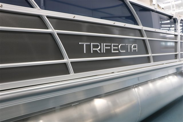 2022 Trifecta LE-Series 24RF LE at Jerry Whittle Boats