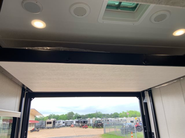 2020 Dutchmen Voltage Triton 3531 Toy Hauler at Campers RV Center, Shreveport, LA 71129