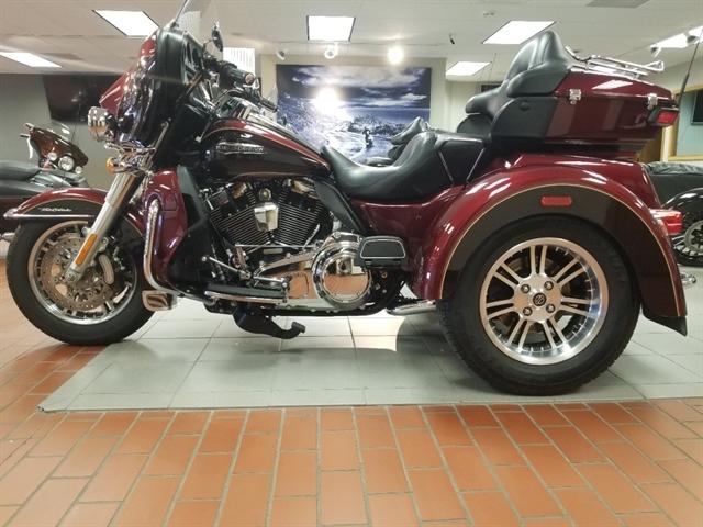 2015 Harley-Davidson Trike Tri Glide Ultra at Rooster's Harley Davidson