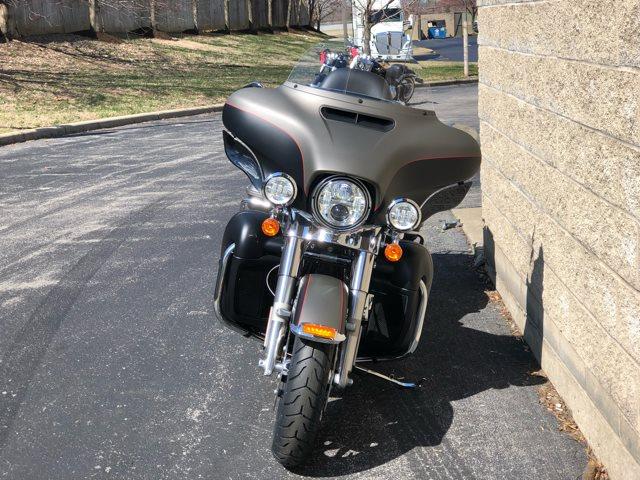 2019 Harley-Davidson Electra Glide Ultra Limited at Bluegrass Harley Davidson, Louisville, KY 40299