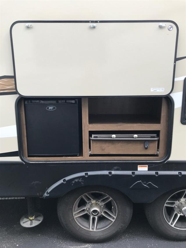 2019 Keystone Cougar Half-Ton (East) 26RBS at Youngblood RV & Powersports Springfield Missouri - Ozark MO