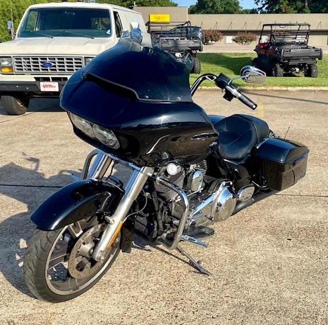 2015 Harley-Davidson Road Glide Base at Shreveport Cycles