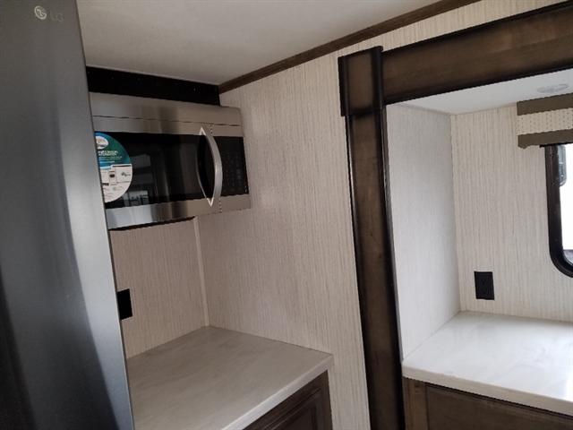 2020 Forest River Sandpiper 38FKOK at Youngblood RV & Powersports Springfield Missouri - Ozark MO
