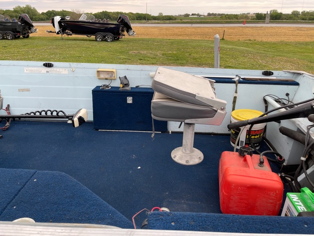 1988 Smokercraft 15R50 at Boat Farm, Hinton, IA 51024
