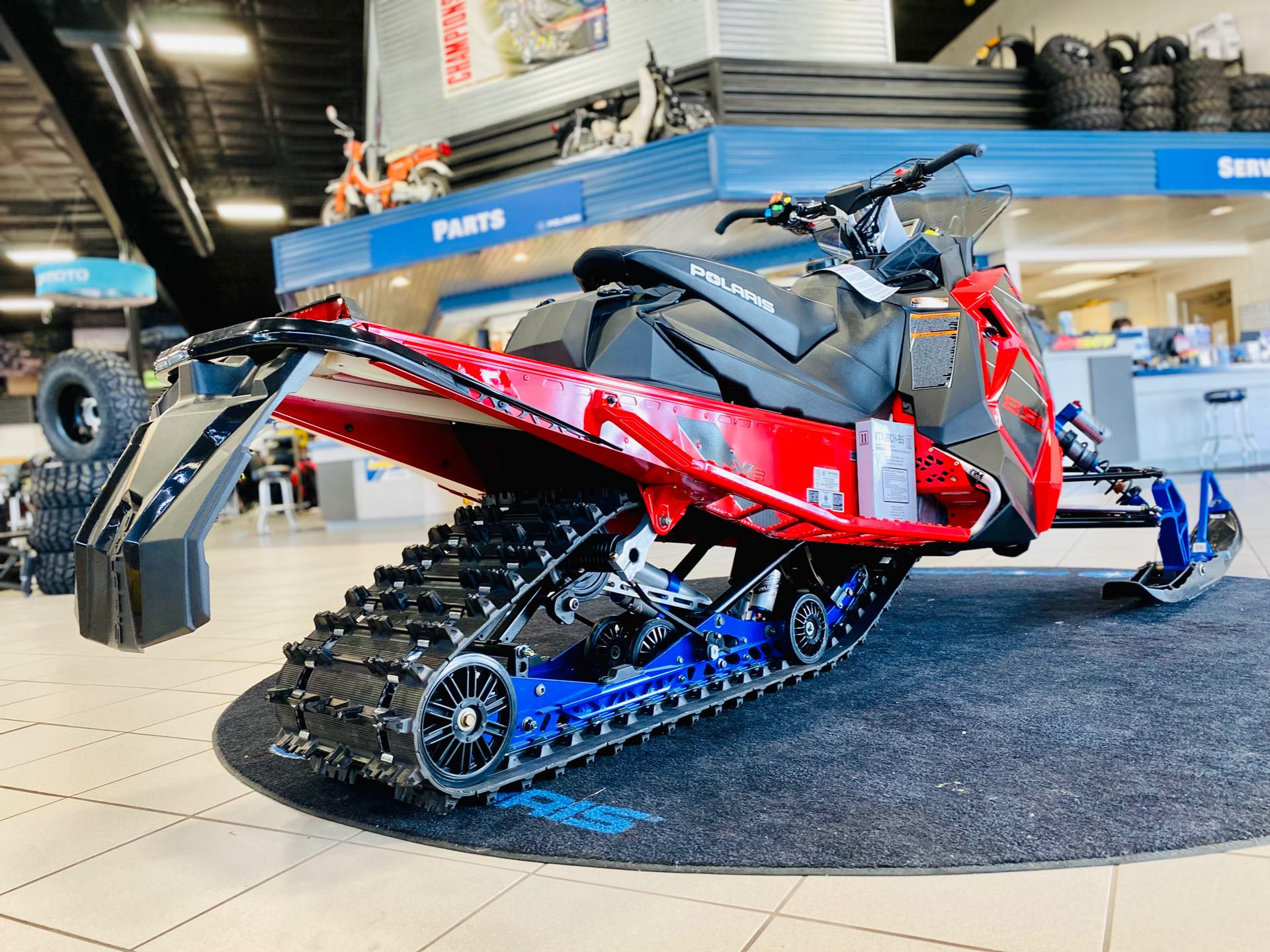 2021 Polaris INDY XCR 850 129 at Rod's Ride On Powersports