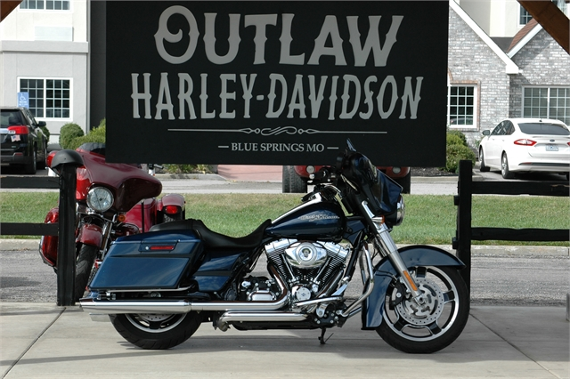 2012 Harley-Davidson FLHX103 at Outlaw Harley-Davidson