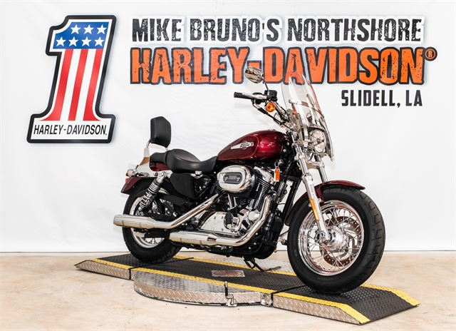 2017 Harley-Davidson Sportster 1200 Custom at Mike Bruno's Northshore Harley-Davidson