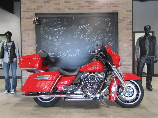 2010 Harley-Davidson Street Glide Base at Cox's Double Eagle Harley-Davidson