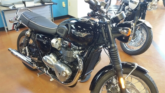 2018 Triumph Bonneville T120 Base at Yamaha Triumph KTM of Camp Hill, Camp Hill, PA 17011