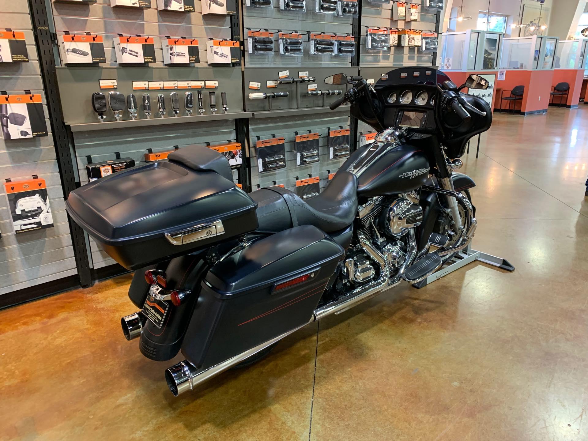 2016 Harley-Davidson Street Glide Special at Colonial Harley-Davidson