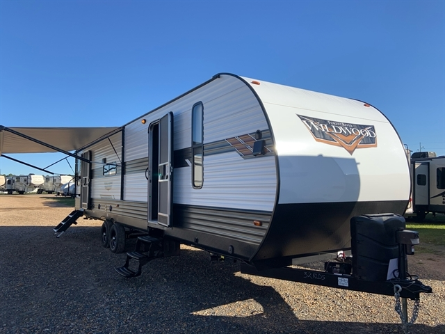 2020 Forest River Wildwood 32RLDS at Campers RV Center, Shreveport, LA 71129