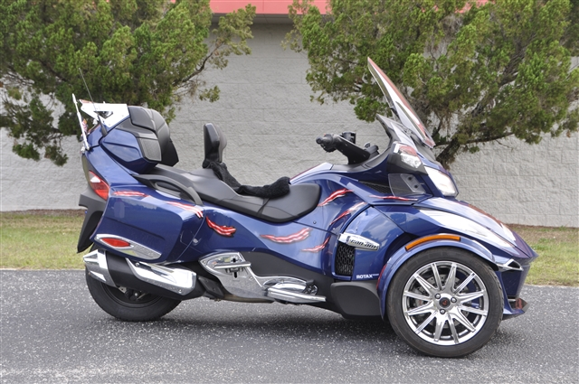 2017 Can-Am Spyder RT Limited at Seminole PowerSports North, Eustis, FL 32726