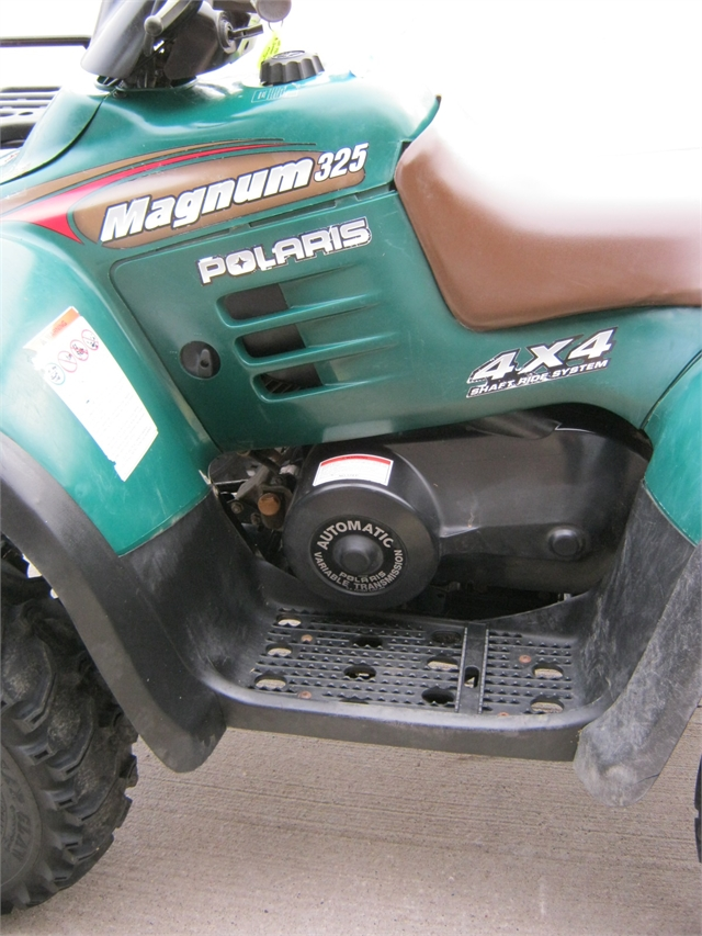 2000 Polaris Magnum 325 4x4 at Brenny's Motorcycle Clinic, Bettendorf, IA 52722