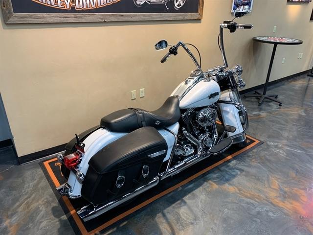 2013 Harley-Davidson Road King Classic at Vandervest Harley-Davidson, Green Bay, WI 54303