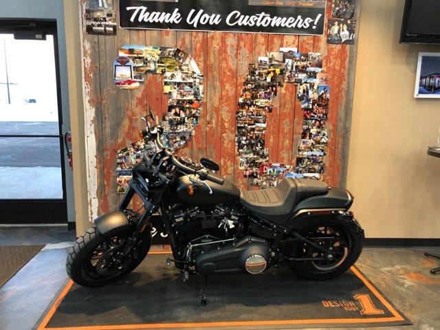 2019 Harley-Davidson Softail Fat Bob at Vandervest Harley-Davidson, Green Bay, WI 54303