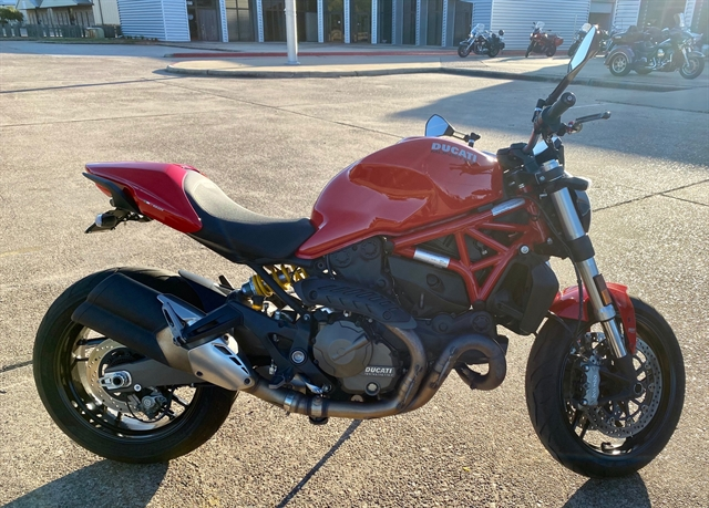 2015 Ducati Monster 821 at Shreveport Cycles