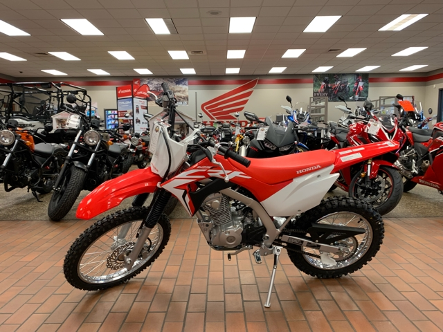 2019 Honda CRF 125F (Big Wheel) at Mungenast Motorsports, St. Louis, MO 63123
