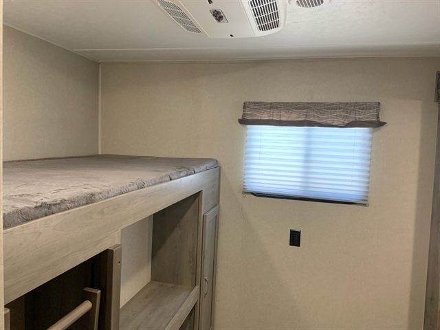 2020 Palomino Puma XLE Lite 31BHSC at Campers RV Center, Shreveport, LA 71129