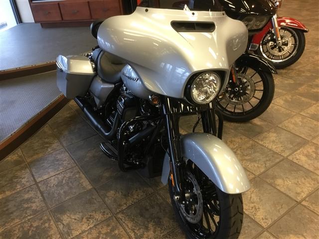 2019 Harley-Davidson Street Glide Special at Bud's Harley-Davidson Redesign