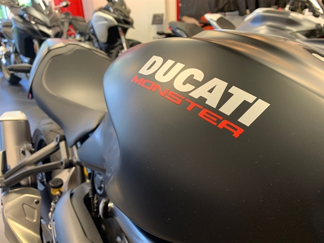 2019 Ducati Monster 821 Stealth at Frontline Eurosports