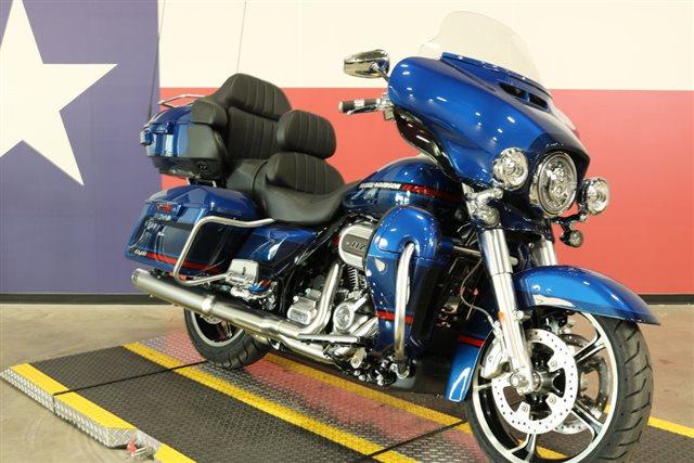 2020 Harley-Davidson FLHTKSE - CVO Limited at Texas Harley