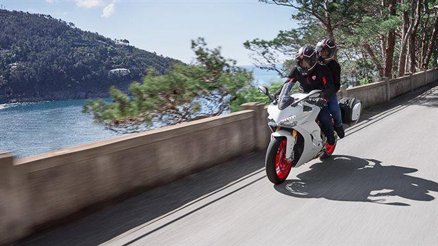 2018 Ducati SuperSport S at Frontline Eurosports