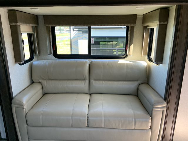 2019 Keystone RV Montana High Country Rear Living at Campers RV Center, Shreveport, LA 71129