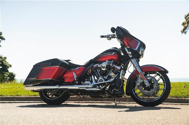 2021 Harley-Davidson Touring FLHXSE CVO Street Glide at Thunder Harley-Davidson